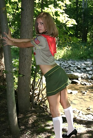 Free Teen Uniform Porn Pictures